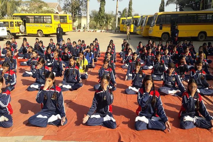Kolaras Public School-Yoga
