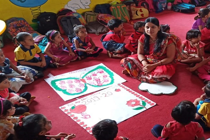 Krishna Valley International School-Card Making