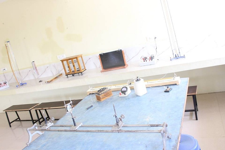 Lions Convent Higher Secondary School-Physics Lab