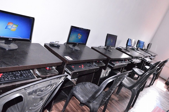 B L Indo Anglian Public School-IT-Lab