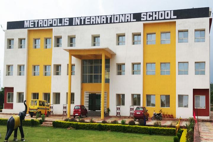 Metropolis International School-Campus-View