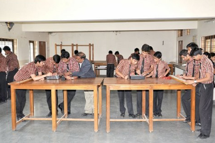 Mgm English Medium Higher Secondary School-Physics Lab