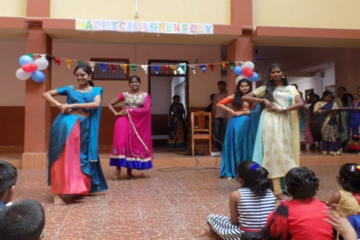 Sagritara School-Dance