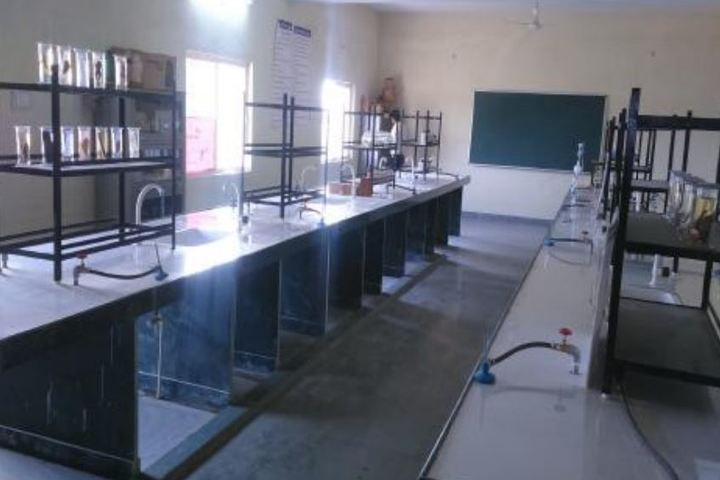 Pandit Ramlal Sharma English Medium School-Chemistry Lab