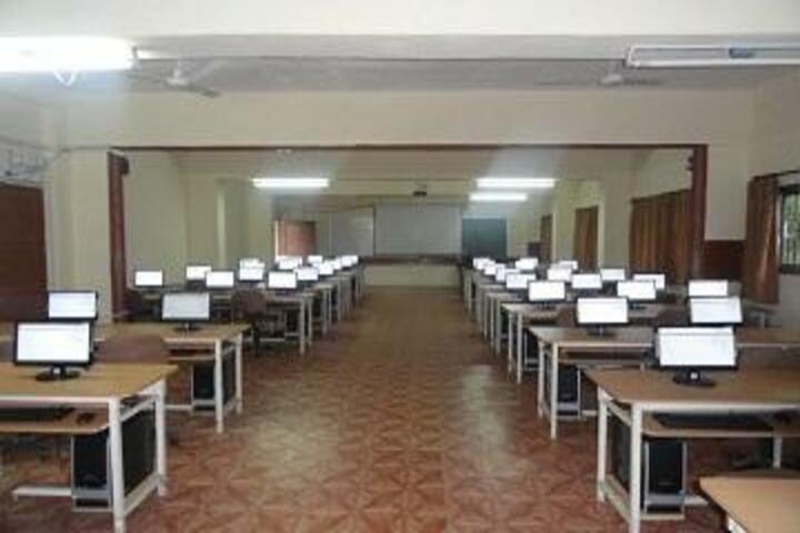 Pioneer Convent School-Computer-Lab