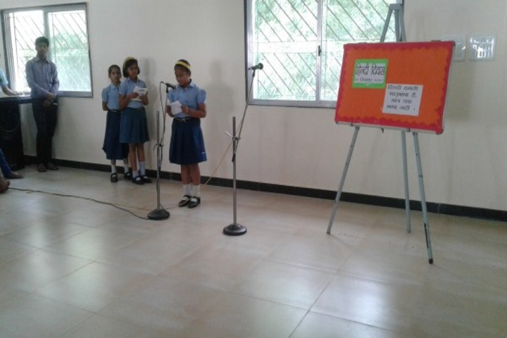 Podar International School-Hindi Day competition