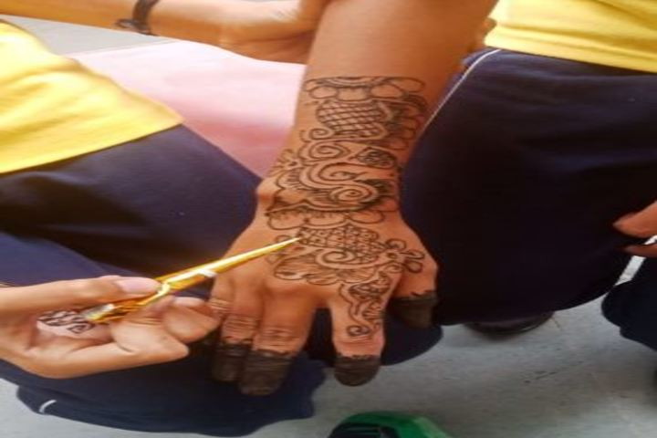 Prerna Convent International School-Mehandi-Competition