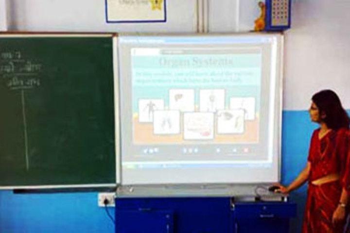 Queens College-Smart Classroom