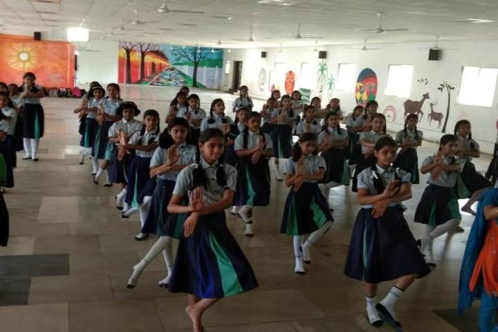 R D Public School-Dance