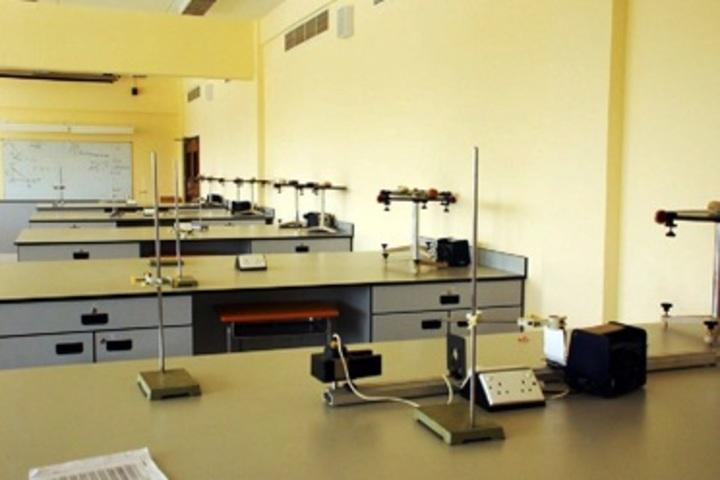 R D Public School-Physic-Lab