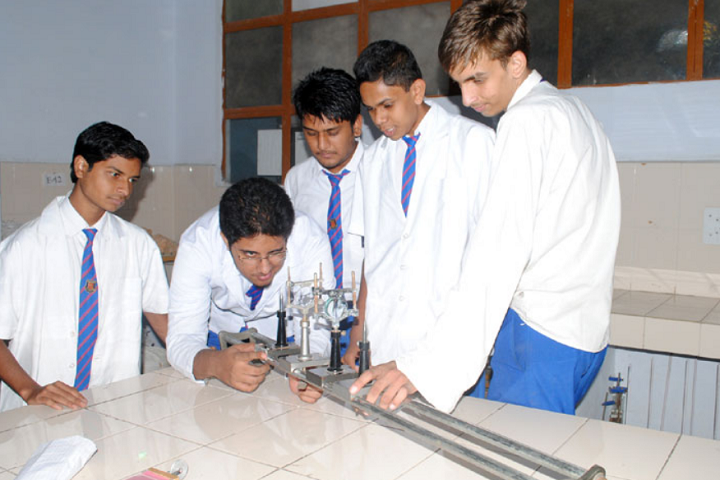 Rajeev Gandhi Higher Secondary School-Lab