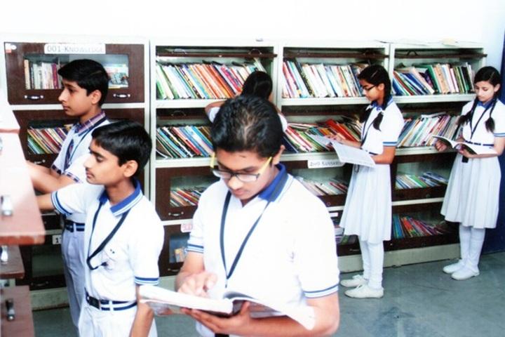 Renaissance Divine Public School-Library