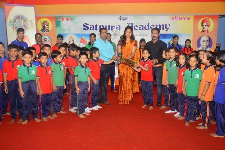 Satpura Academy-Teachers Day