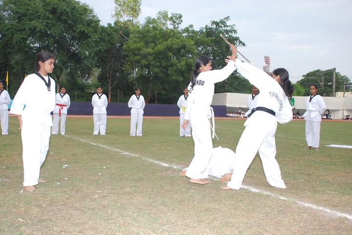 Scindia Kanya Vidyalaya-Karate
