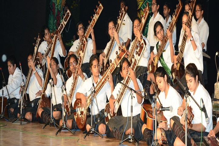 Scindia Kanya Vidyalaya-Music