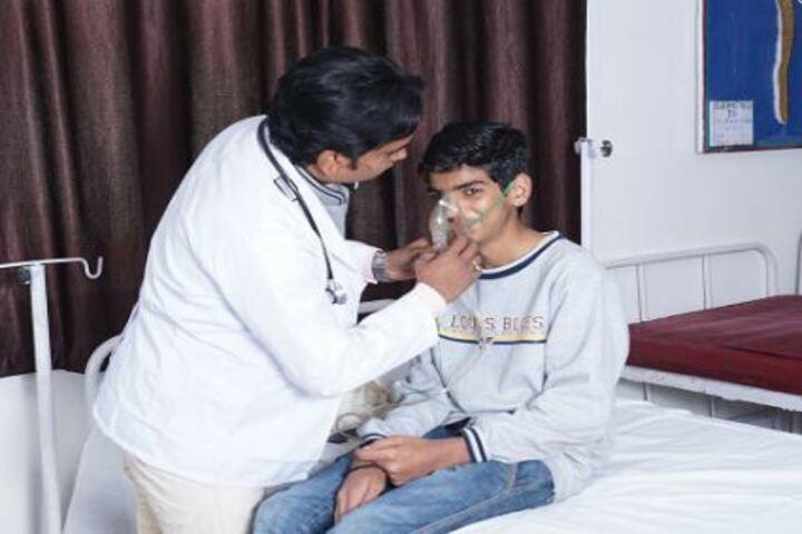 Shanti Niketan Montessori Higher Secondary School-Medical Facility