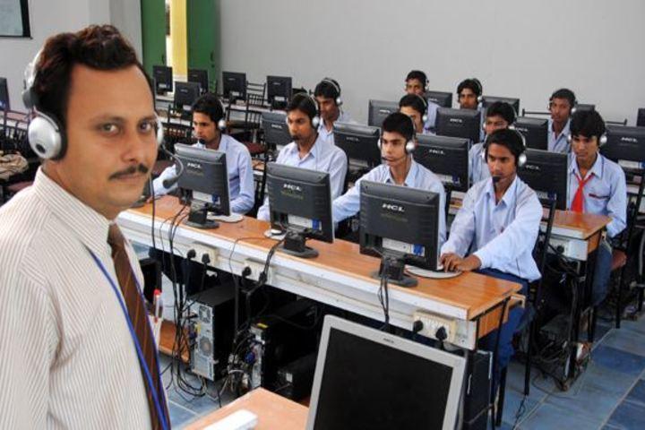 Shashwat International School-Computer Lab