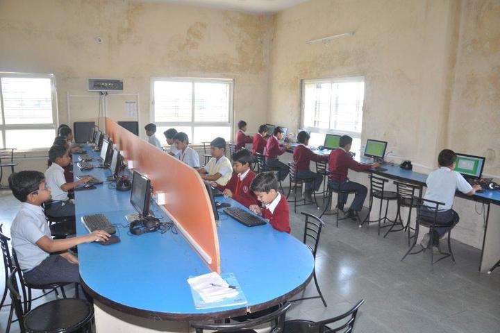 Shree Balaji Academy-Computer Lab