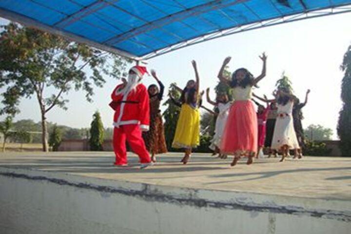 Shree Nahar Convent Senior Secondary School-Christmas Celebration
