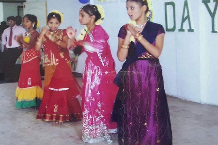 Black Diamond Public School-Dance