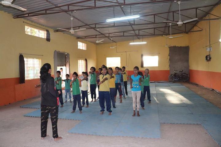Shri Vinayakam School-Karate