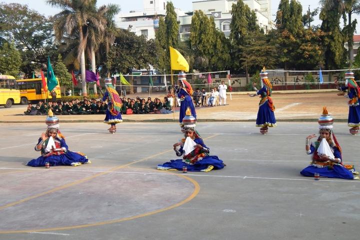 Sica Senior Secondary School No 2-Dance