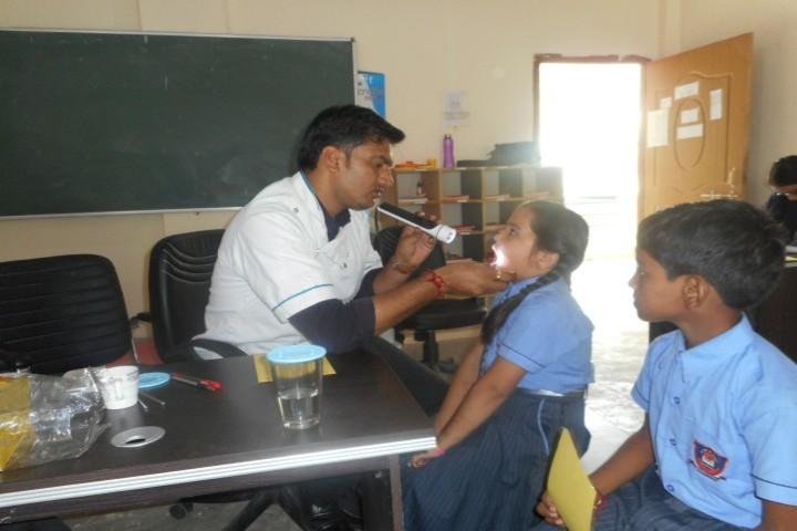 Sit Public School-Medical Camp