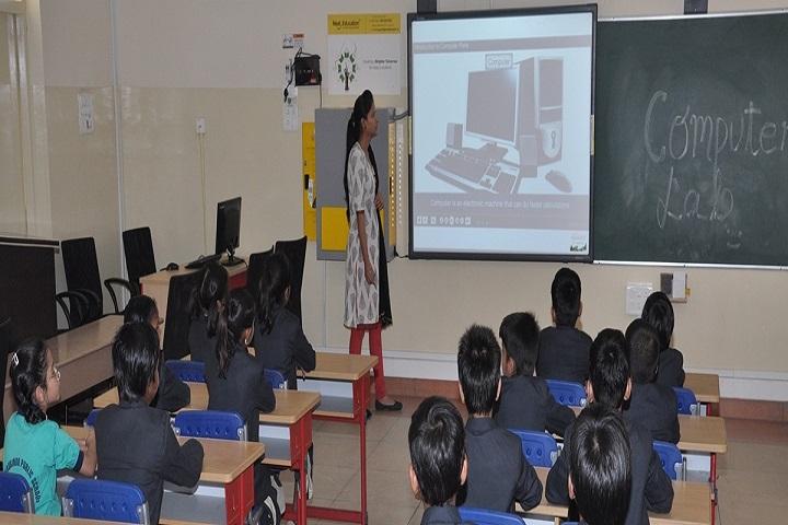 Sri Aurobindo Public School-Class