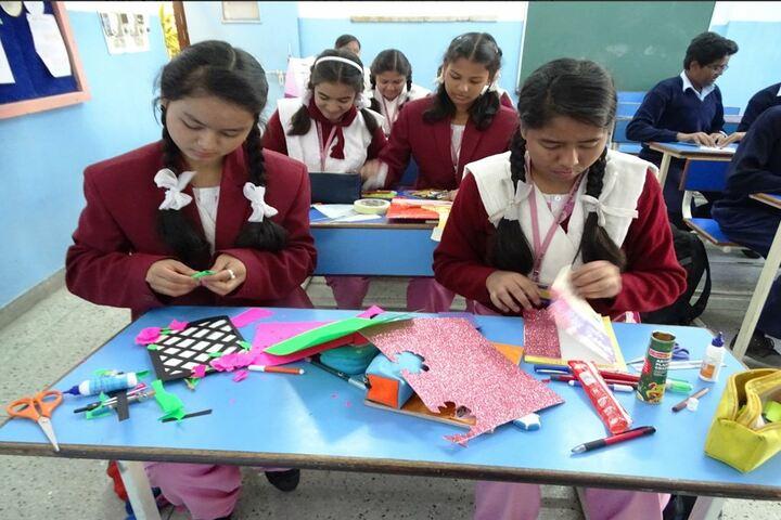 Sri Sathya Sai Vidya Vihar-Card Making Compitition