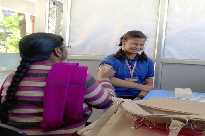 Sri Sathya Sai Vidya Vihar-Medical Checkup
