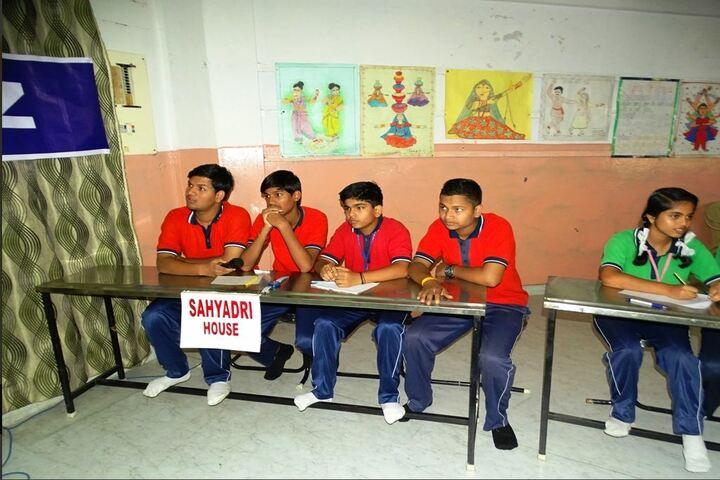 Sri Sathya Sai Vidya Vihar-Quiz Compitition