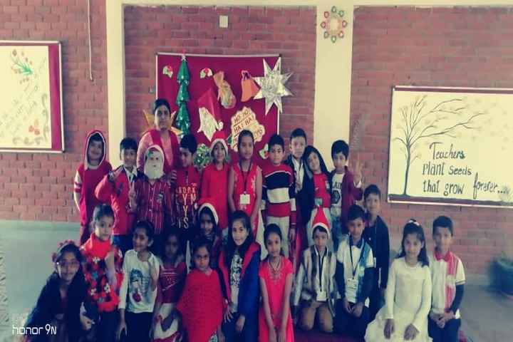 Sri Sri Ravishankar Vidya Mandir-Chritmas Celebrations