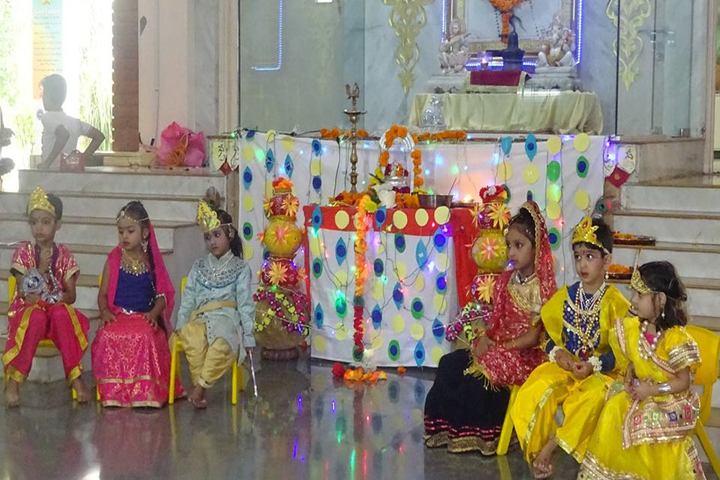 Sri Sri Ravishankar Vidya Mandir-Festival Celebrations