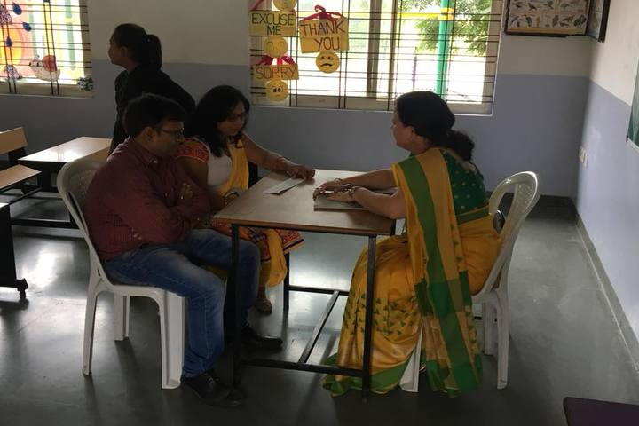 Sri Sri Ravishankar Vidya Mandir-Parents Meeting