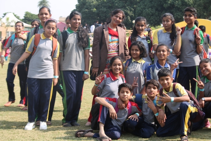 St Annes Higher Secondary School-Picnic