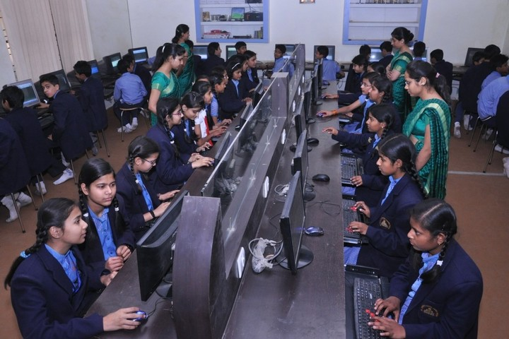 St Teresas School-Computer Lab