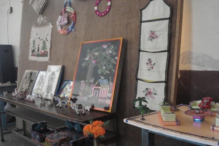 St Teresas School-Craft Making