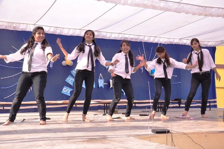 St Teresas School-Dance