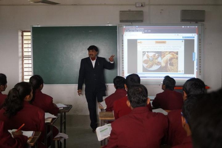 British English School-Smart Class
