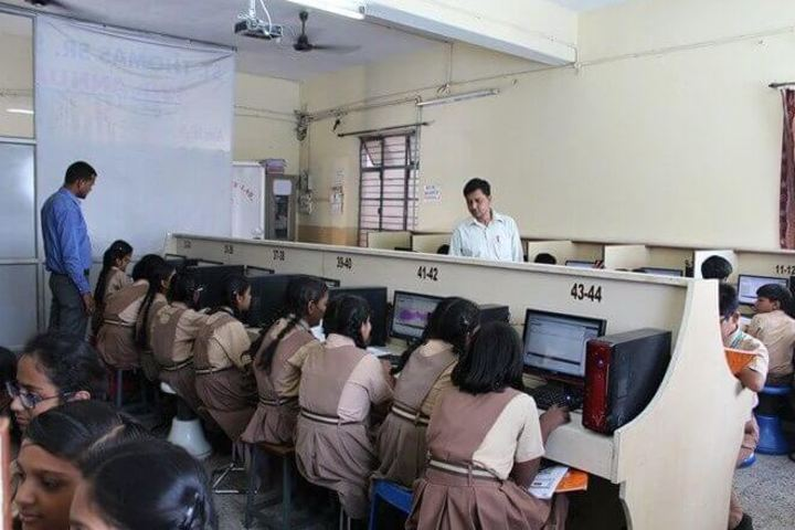 St Thomas School-Computer Lab