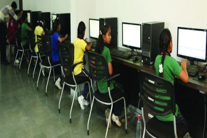 Swami Vivekanand Public School-Computer Labs