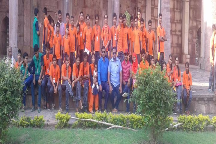 Swaroop Vidya Niketan Higher Secondary School-Tour