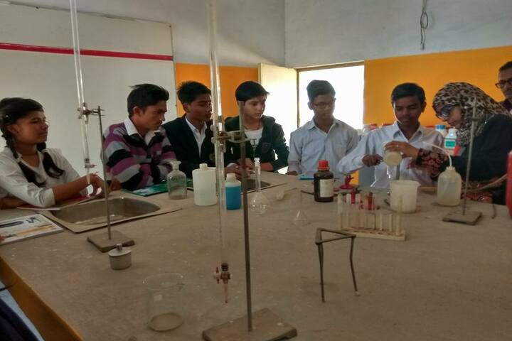 Takshshila Public Model High School-Chemistry Labs