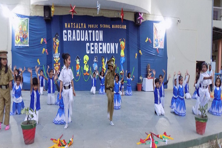 Vatsalaya Public School - Graduation Day