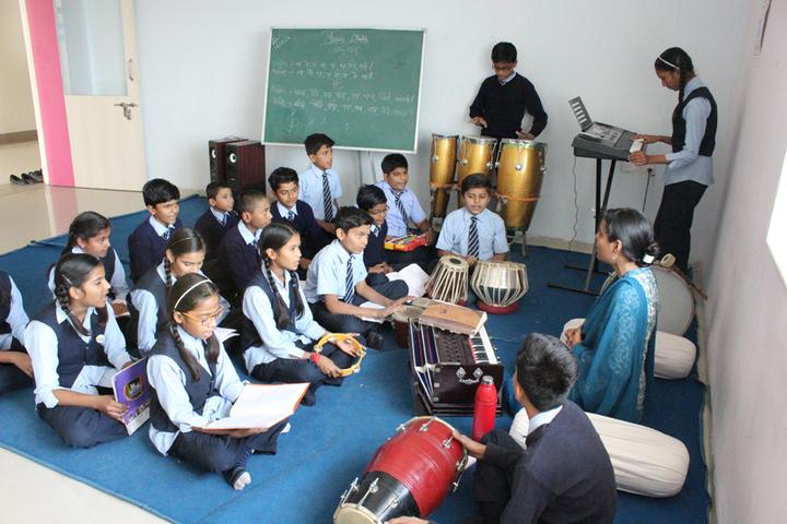Vidyakunj International School-Music