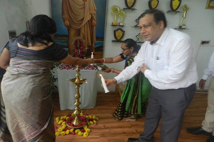 Vivekanand Vidya Vihar-Light Lamping