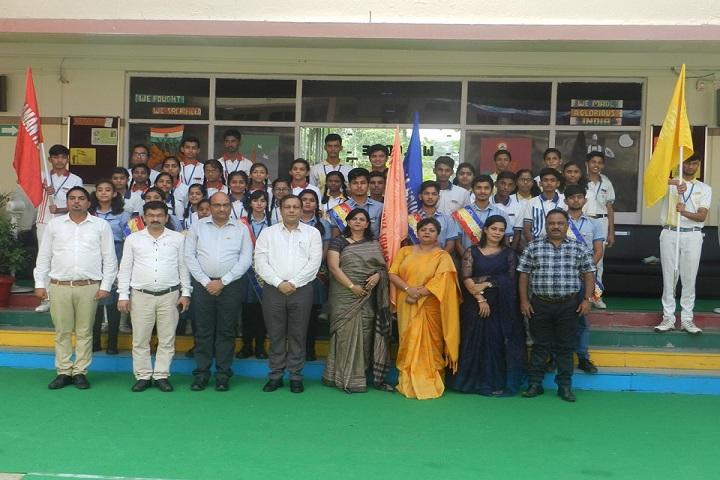 Vivekanand Vidya Vihar-Students and Staff