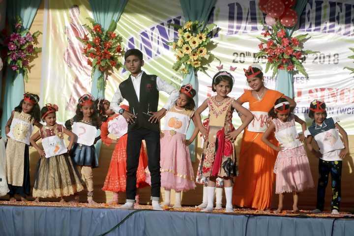 West Central Railway Hr Sec School-Fun Activity dance
