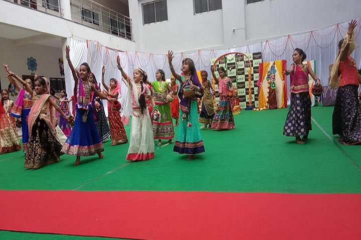 Achievers Heights International School-Dance