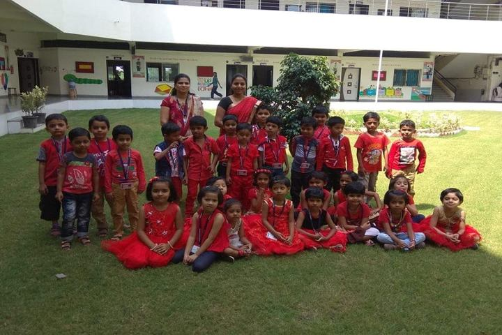 Agrasen Vidya Mandir-Red Day Celebration
